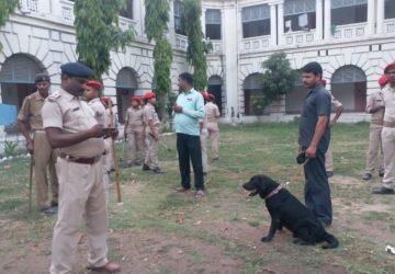 पटना पुलिस ने  चुनाव के मद्देनज़र  यूनिवर्सिटी हॉस्टल  में की छापेमारी