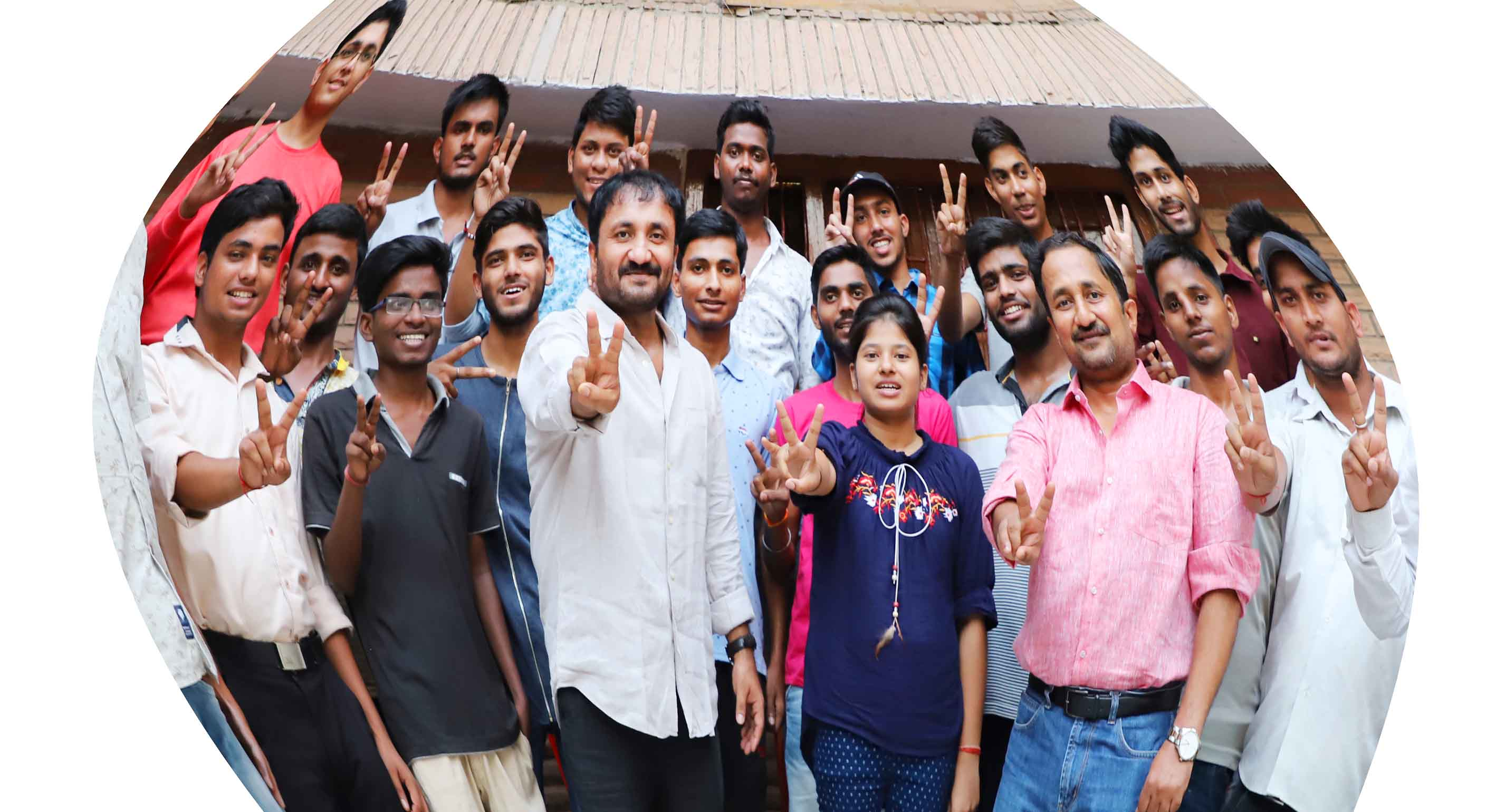 Anand super 30 – 18 of its 30 students have made it to JEE-Advance