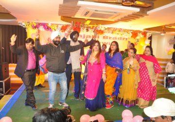 Lohri  at lala lajpat rai hall Patna.  fun with Bhangra and Gidda