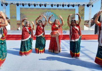 Bihari artists rock the Red Fort ground