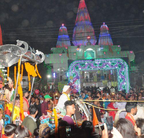 <b>हर-हर महादेव की गुंजों से मंत्र मुग्ध एवं शिवमय हुआ खाजपुरा का षिव मंदिर</b>