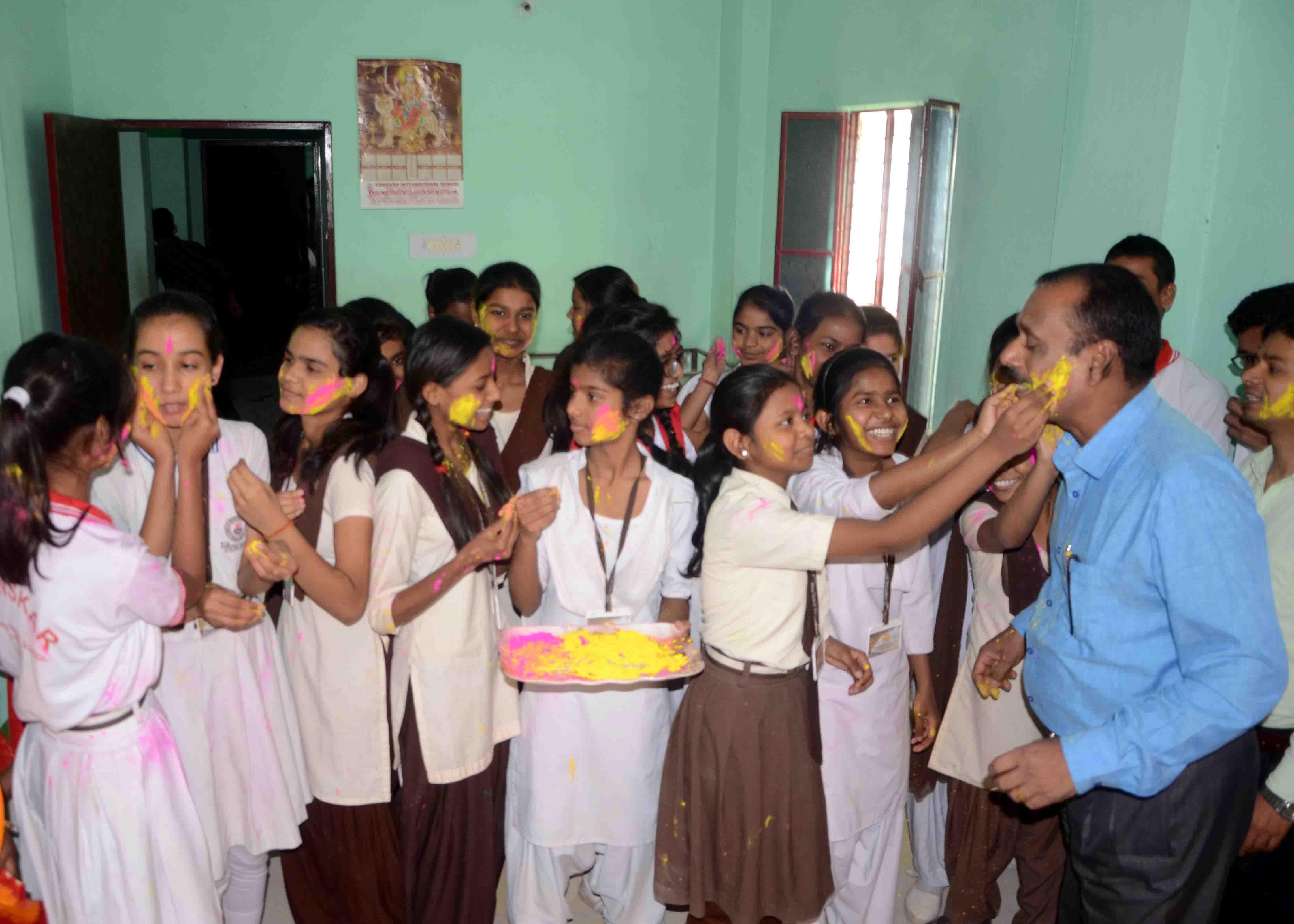 संस्कार इंटरनेशनल स्कूल में महिला दिवस