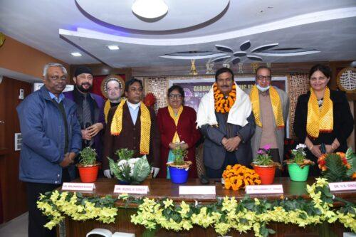 <b>लायन्स क्लब //पाटलीपूत्र आस्था के द्वारा  डा सहजानंद प्रसाद सिंह जी का सम्मान समारोह</b>