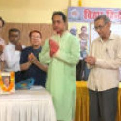 भावितात्मा साहित्यकार थे डा सुरेंद्र प्रसाद जमुआर और डा जितेंद्र सहाय जयंती पर साहित्य सम्मेलन ने श्रद्धापूर्वक स्मरण किया, दी गई पुष्पांजलि