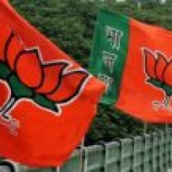 बीजेपी ने किया आर जे डी पर  जुबानी  प्रहार,  बोला  ,बिहार को लालटेन युग से एलईडी दौर में लाने का श्रेय   एन  डी ए की  सरकार को!